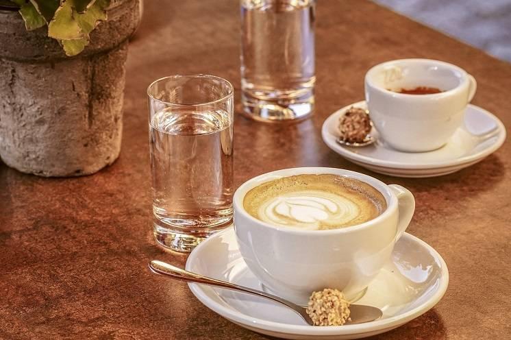 правила употребления воды для любителей кофе