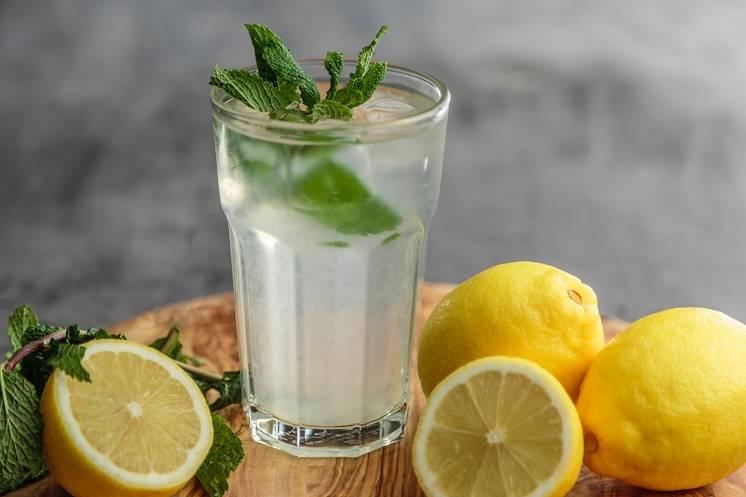 с чем пить воду, чтобы похудеть