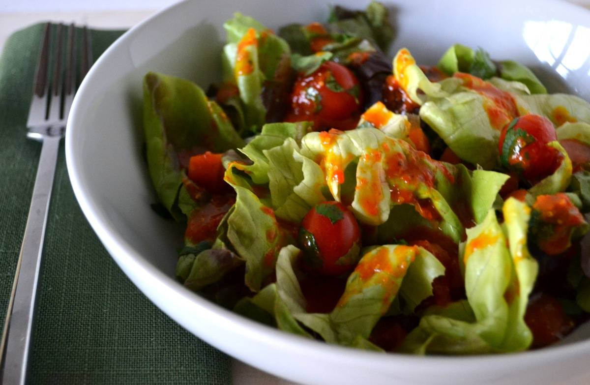Заправка для салатів з ягодами годжі. Як приготувати смачний салат із заправкою з ягід Годжі.