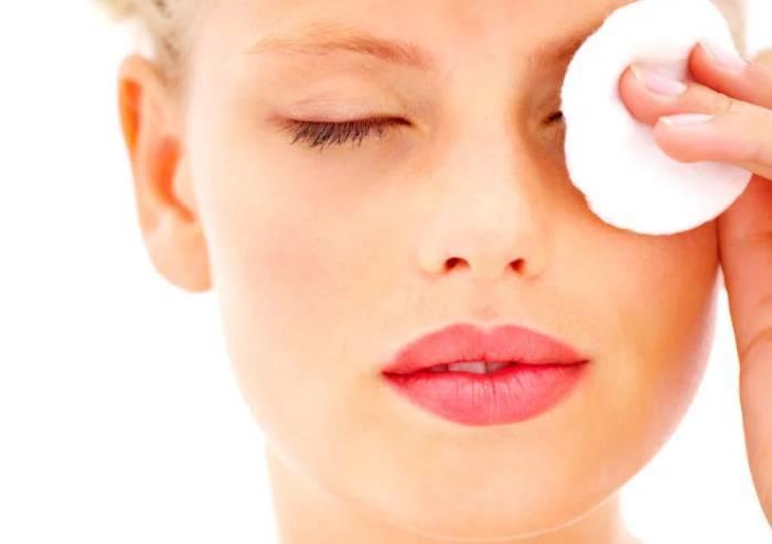 Чим відмити біотатуаж хною і шкіру під бровами після фарбування