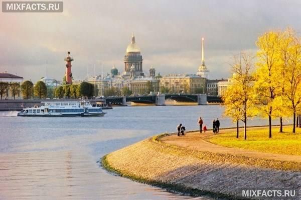 Куди поїхати відпочивати в Росії в жовтні?