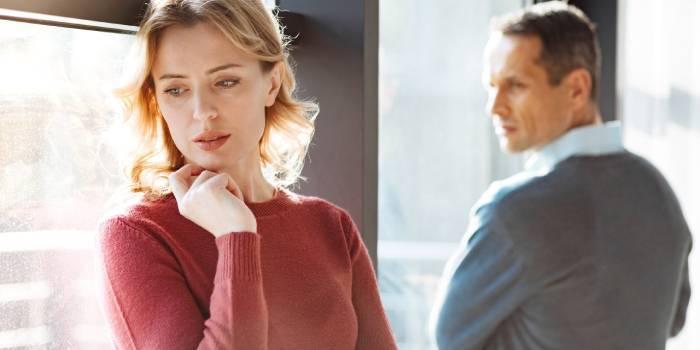 Що відчуває людина, перебуваючи в неправильних стосунках