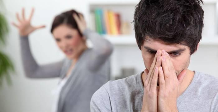 Шкідливі звички, які дратують оточуючих