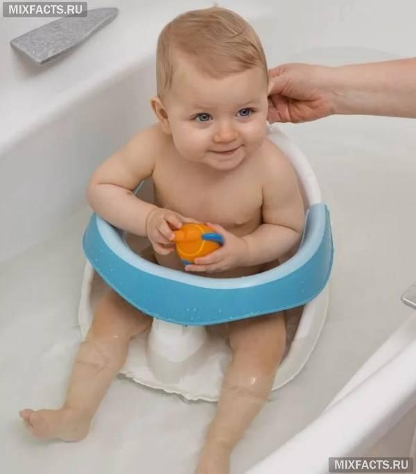 Стілець для купання дитини – правила вибору і використання аксесуара