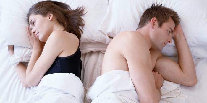 Як дізнатися за поведінкою, змінює чоловік дружині