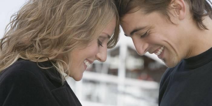 Як проявляється закоханість в поведінці чоловіка