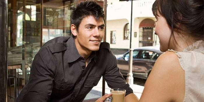 Як розпізнати почуття закоханості у чоловіків