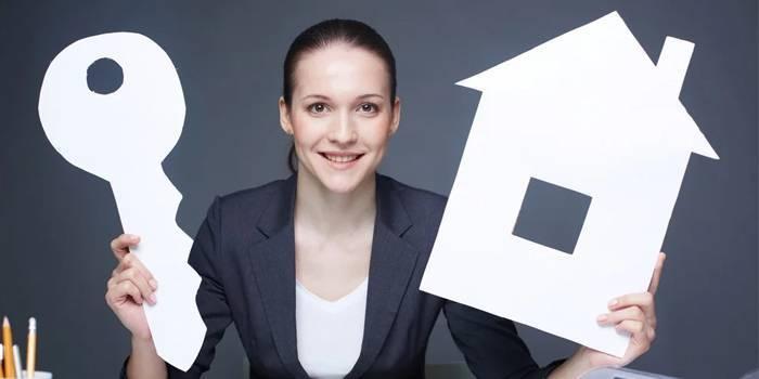 Як самостійно продати приватний будинок і де шукати покупця