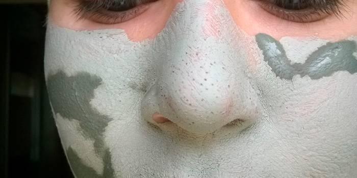 Як звузити пори і прибрати чорні крапки на обличчі