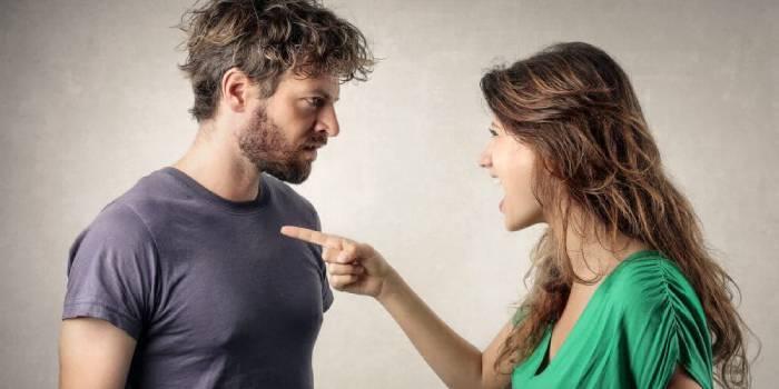 Заборонені фрази при сварках у сім'ї