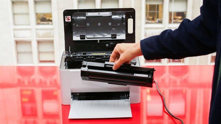 Принтер погано друкує чорним кольором