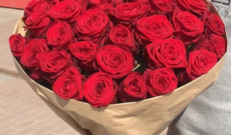 Сонник букет троянд: до чого сняться червоні та червоні квіти, дарувати і отримувати великі букети
