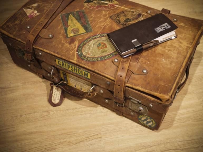 Сонник збирати речі: до чого сниться переїзд і дорога, збирати речі в поспіху в чемодан і сумку
