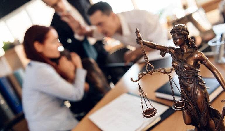 Тлумачення сновидінь з різних сонникам: до чого сниться суд і судовий процес