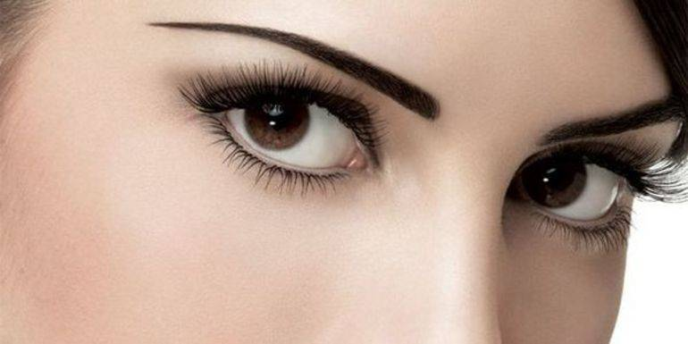 Вії сонники: до чого сняться довгі і густі, накладні і свої волоски, їх випадання і нарощування
