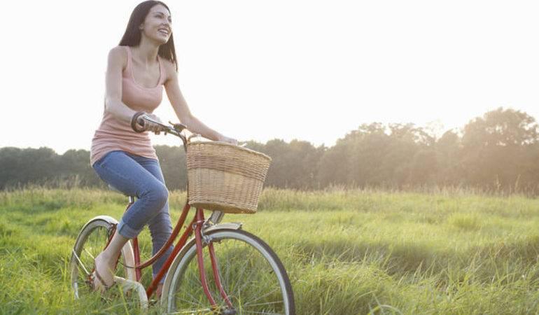 Велосипед в соннику: що означає їхати по мосту, спускатися з гори або катати дитину