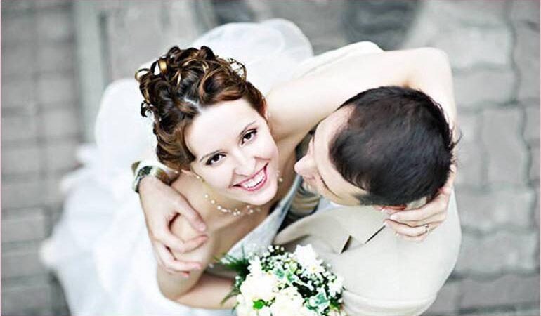Заміжня жінка виходить заміж у сні: бачити себе нареченою, подругу, різні деталі сновидіння