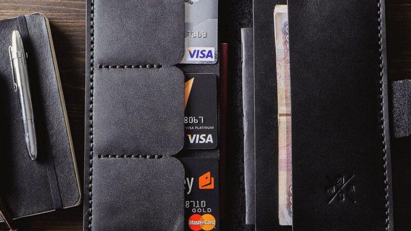 Кошельки и портмоне: выбираем практичный бумажник