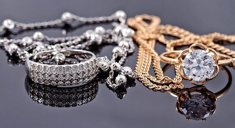 Всегда ли серебро дешевле золота