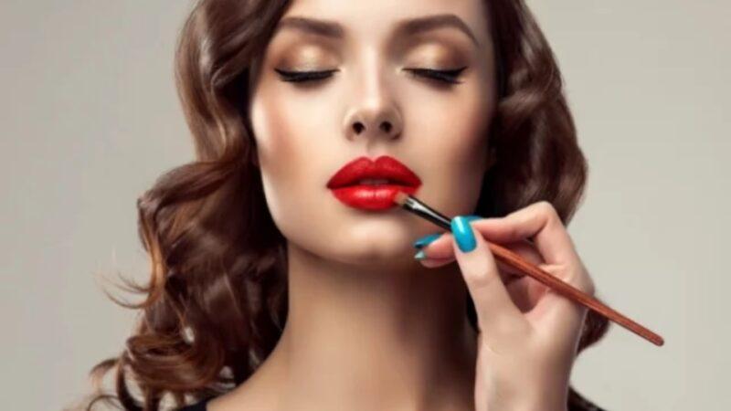 Обучение искусству профессионального макияжа в Киеве